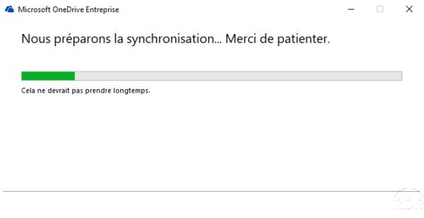 Wait while OneDrive synchronizes
